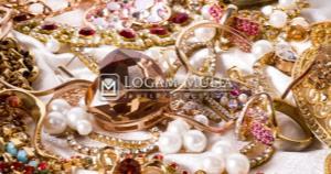 Perhiasan Yang Wajib Dimiliki Wanita Agar Tampil Cantik Dan Elegan