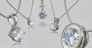 Tips Memilih Model Liontin Berlian yang Tepat untuk Fashion Anda