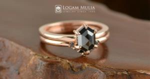 Keindahan dan Khasiat Black Diamond yang Wajib Diketahui