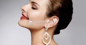 Tampil Chic dengan Mengenakan Anting Berlian yang Sesuai Bentuk Wajah.