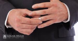 Alasan Pria Jarang Menggunakan Cincin Kawin Setelah Menikah