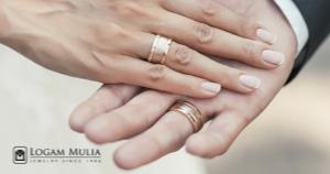 Alasan Beberapa Pasangan Mengunggah Cincin Tunangannya di Media Sosial