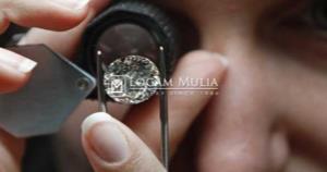 Panduan Penting dalam Memilih dan Membeli Perhiasan Berlian